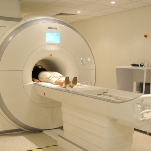 Nowoczesna pracownia rezonansu magnetycznego i tomografii komputerowej otwarta w Krakowie