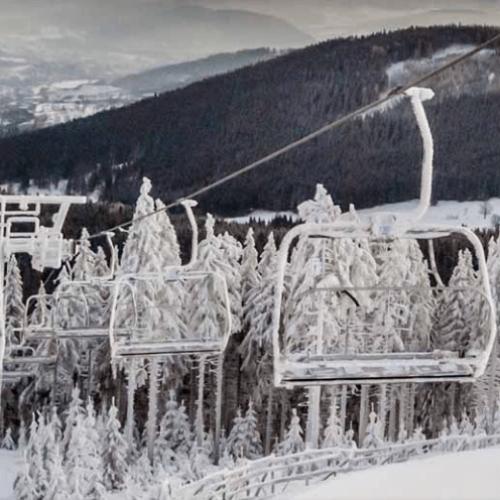 Polacy coraz wcześniej rezerwują urlopy narciarskie
